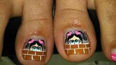 #damas #uñas #vestidos #dresses #tatuadas #honor uñas decoradas Toe Nail Art, Toe Nails, Toe Nail Designs, Triangles, Irene, Toenails, Work Nails, Savings Bank, Stuff Stuff