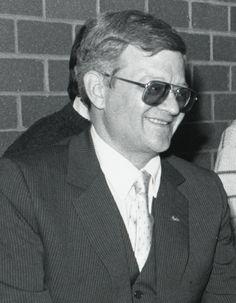 Tom Clancy - Wikiwand