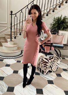 Rachel Parcell is a women's clothing brand specializing in feminine and timeless pieces that will be worn time and time again. Date Outfits, Casual Skirt Outfits, Office Outfits, Chic Outfits, Work Outfits, Girl Fashion, Fashion Dresses, Classic Outfits, Classic Fashion