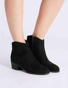 13431581391e33 Block Heel Western Boots
