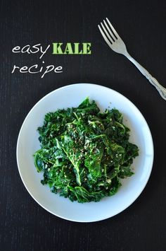 This easy kale recipe only calls for 6 ingredients and 10 minutes to cook. It's delicious by itself, also wonderful to pair with steak or lamb chops! Easy Kale Recipes, Vegetarian Recipes Easy, Side Recipes, Beef Recipes, Dinner Recipes, Cooking Recipes, Healthy Recipes, Banting Recipes, Pescatarian Recipes
