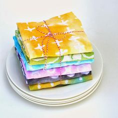 Design Your Own Textiles Created from the Kids' Art Supplies - Lessons about Dorcas/Tabitha Modern Crafts, Diy Arts And Crafts, Diy Craft Projects, Fun Crafts, Crafts For Kids, Craft Ideas, Kids Diy, Diy Ideas, Fabric Yarn