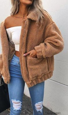 The coziest teddy bears faux fur jacket full zip up! This thick warm fuzzy fake fur short fleece sherpa coat is for any body type, for a lots of layers underneath, and for any chilly cold weather # fall Outfits American Nomad Teddy Coat Teen Winter Outfits, Teenage Outfits, Casual Winter Outfits, College Outfits, Trendy Outfits, Cold Weather Outfits, School Outfits, Look Fashion, Teen Fashion