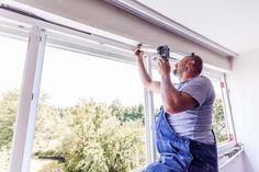 Verschließen der Bauanschlussfuge im oberen Fensterbereich. #ÖNORM #B5320 #Fenster-Schmidinger