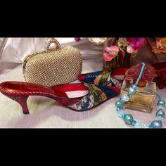 "Gorgeous Snakeskin Shoes  Beautiful Snakeskin Shoes, size 8 w/2 1/2"" heels J.Renee Shoes Heels"