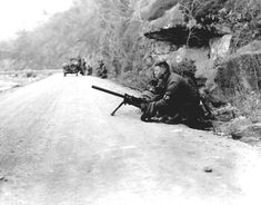 Photo: A machine gun team of an X Corps military police company goes into action to relieve a convoy pinned down by fire of the Chinese Communists, in Korea. Military Police Army, Us Army, United States Army, Korean War, Vietnam War, Cold War, Military History, Armed Forces, World War Ii