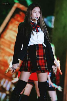 Blackpink Fashion, School Fashion, Korean Fashion, Womens Fashion, Outfits Otoño, Stage Outfits, Fashion Outfits, Melon Music Awards 2016, Lizzie Hearts
