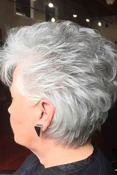 25 Trendy, Short Haircuts For Women Over 50 - Short Hair Styles Short Grey Hair, Short Hair With Layers, Short Hair Cuts For Women, Short Hairstyles For Women, Short Stacked Haircuts, Short Haircuts, Haircut Short, Haircut For Older Women, Hairstyles Haircuts