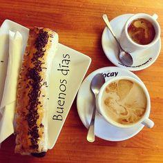 Vamos a disfrutar del sábado desde primera hora del día  #ideassoneventos #blog #bloglovin #organizacióndeventos #comunicación #protocolo #imagenpersonal #bienestarybelleza #decoración #inspiración #bodas #buenosdías #goodmorning #sábado #saturday #happy #happyday #felizdía #weekend #desayuno #breakfast #ricorico #ñamñam #cafés #coffee #instafood #buenosmomentos #buenacompañía #placeresdefindesemana
