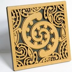 Rima Tile Art set of five Wall mounted or free standing Kowhaiwhai feature tiles with related stories on the back, presented in stylish window envelopes. Window Envelopes, Maori Patterns, New Zealand Art, Maori Tattoo Designs, Nz Art, Feature Tiles, Maori Art, Kiwiana, Polymer Clay Flowers