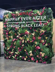 "We worked with Netflix to create a tropical photo moment for the premiere of ""Nappily Ever After"" that no guest could resist 🌴🌸💫 Arte Floral, Floral Wall, Flower Shop Decor, Flower Bouquet Wedding, Bridal Bouquets, Cafe Interior Design, Floral Backdrop, Photo Corners, Floral Event Design"