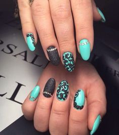 Black shellac, Evening dress nails, Evening nails, Exquisite nails, Medium nails, Nails with black pattern, Nails with curls, Oval nails