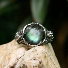 Amphibia Sterling Silver Labradorite Ring MADE TO ORDER frog ring labradorite jewelry frog totem animal