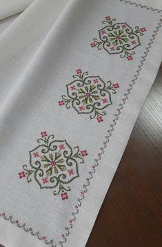 Cross Stitch Designs, Cross Stitch Patterns, Cross Stitching, Cross Stitch Embroidery, Knitting Stitches, Knitting Patterns, Pach Aplique, Hand Embroidery Design Patterns, Kutch Work Designs