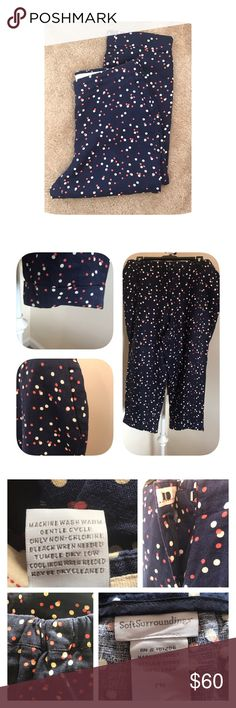"""⭐️Soft Surroundings Capri PM Lightweight linen Capri pant from Soft Surroundings size petite M. Cuffed and had two front hip pockets. Elastic at back of waist in both sides. Waist 16"""", inseam 22"""". Navy beige and coral polka dots. Soft Surroundings Pants Capris"""