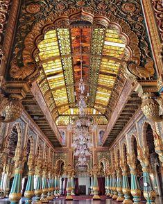 The private durbar hall, Mysore Palace, Karnataka India Ancient Egyptian Architecture, Greece Architecture, Mughal Architecture, Beautiful Architecture, Mysore Palace, Taj Mahal, Temple India, Visit India, Indian Homes