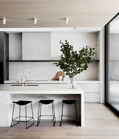 9 Thankful Cool Ideas: Minimalist Kitchen Design Grey minimalist home white simple bedrooms.Minimalist Home Living Room Fireplaces minimalist interior design apartment.Minimalist Home White Simple Bedrooms. Kitchen Inspirations, House Interior, Scandinavian Kitchen, Home Kitchens, Kitchen Marble, Minimalist Interior, Modern Kitchen Design, Home Decor, Contemporary Kitchen