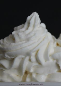 Stabilized whipped cream for perfect peaks that last for a week from madefrompinterest.net