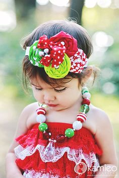 Love this headband! Must re create something like it to match Joslynn's christmas dress!