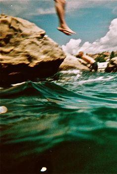 oceanalwayschangeingneversolidconstantfluidity