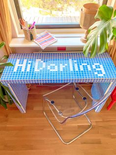 Tile Tables, Diy Home Decor, Room Decor, Deco Originale, Piece A Vivre, Diy Desk, Interior Exterior, Diy Table, Decoration