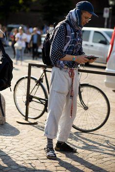 Pitti Uomo the strongest street style - Today Pin Street Style Today, Street Style Looks, Street Snap, Men Street, London Fashion Week Mens, Mens Fashion, Pitta, Style Snaps, New York Street