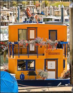 Why aren't these a bigger deal in Austin? It's the perfect city for houseboats...