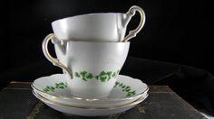 Porcelaine anglaise Regency trèfle vert Design tasses par Jjantiq