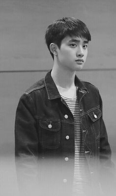 Kyungsoo is handsome and precious don't fight me Kyungsoo, Chanyeol, Kaisoo, Kris Wu, Two Worlds, Exo Korean, Do Kyung Soo, Kpop Exo, Exo Members
