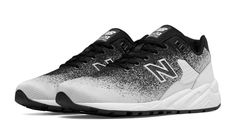 580 Re-Engineered Jacquard, Black with White