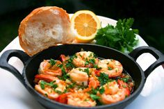 The Best Dishes From Every Indian State And Their Authentic Recipes Are Right Here Gambas Al Pil Pil, Chilli Garlic Prawns, Prawn Dishes, Seafood Dishes, Cooking Recipes, Healthy Recipes, Fodmap Recipes, Best Dishes, Fish Recipes