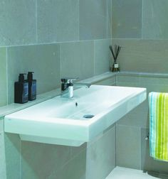 Modena Limestone in a honed finish. Sleek and contemporary limestone tiles for the bathroom.