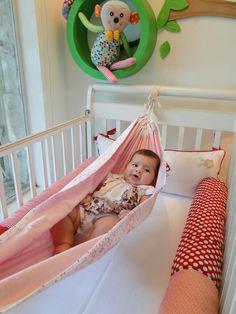 Swings and hammocks for the little ones - Kids Art & Craft Baby E, Diy Baby, Baby Kids, Nursery Room, Baby Room, Baby Hammock, Kids Corner, Baby Sewing, Future Baby