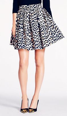 Can't get enough of this animal pint skirt!. Short Animal Print Skirt:: Vintage Fashion:: Retro Style