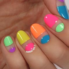 Pin by alaina baldanza on nails in 2019 unghie sfumate, unghie colorate, un Neon Nails, Diy Nails, Cute Nails, Nail Designs Spring, Cute Nail Designs, Spring Nails, Summer Nails, Diy Vernis, Space Nails