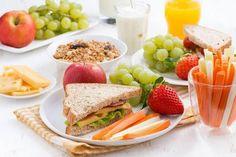 desayuno con frutas y verduras