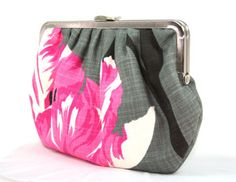 tulip, pink, and grey purse from www.beegeebags.com