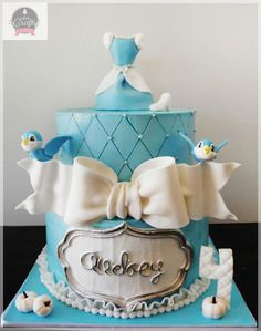 Beautiful Cinderella cake. By Arty Crafty Cake