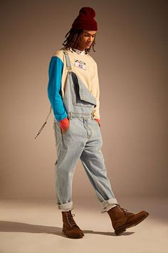 Outfit Ideas Discover BDG Light Stonewash Denim Overall Grunge Look, Grunge Style, 80s Style, Men's Style, Hipster Grunge, 90s Grunge, Style Men, Soft Grunge, 80s Fashion