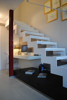 Paola e Edo House, Cuneo, 2013 - Lara Comino, Corrado Tesio Scale, Stairs, Loft, Studio, House, Home Decor, Buildings, Green, Weighing Scale