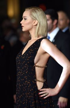 """jenniferlawurence: """" Jennifer Lawrence attends the UK Premiere of 'The Hunger Games: Mockingjay Part 2' at Odeon Leicester Square on November 5, 2015 in London, England. """""""