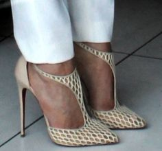 christian louis vuitton shoes price Very Popular For Christmas Day,Very Beautiful for life.