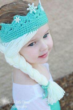 Frozen Elsa crown/wig.