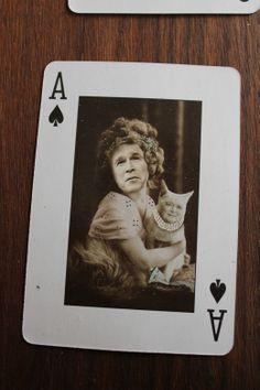 Struck playing card gold - Imgur