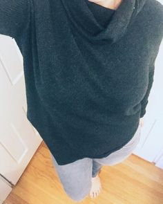 Apparently it's #sweaterweather here again in #newportri -today's look the side v grey sweater.