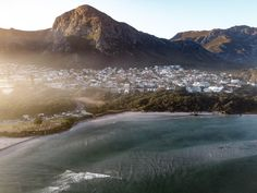 Maverick Mapper: Day trip to Hermanus Grotto Bay, Seaside Towns, Traffic Light, Best Vibrators, Nature Reserve, Hiking Trails, Natural History, Day Trip, Paths