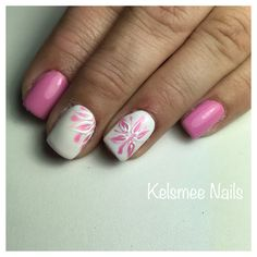 White & pink nails with flowers