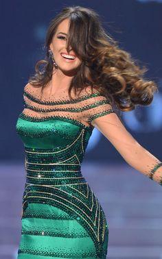 La agencia AFP nos hizo la caridad de liberar estas imágenes de nuestra hermosa Irene Esser durante su participación en el Miss Universo 2012.