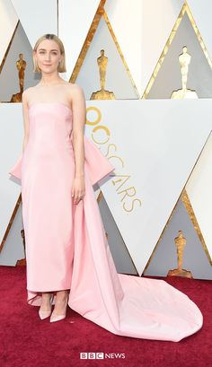 Oscars Saoirse Ronan, nominated for Best Actress for her part in the coming-of-age film Lady Bird, wears Calvin Klein. Allison Janney, Strapless Dress Formal, Formal Dresses, Cultural Events, Salma Hayek, Coming Of Age, Red Carpet Dresses, Best Actress, Oscars