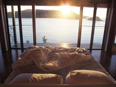 would be hard to get out of bed everyday with this view...